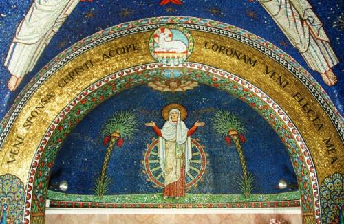Altar wall (2)
